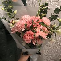 카네이션 꽃다발 小 +코사지2개